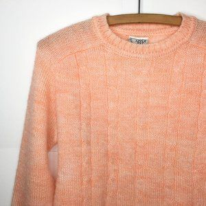 Vintage 1970s Peach Pink Cable Knit Sweater Small